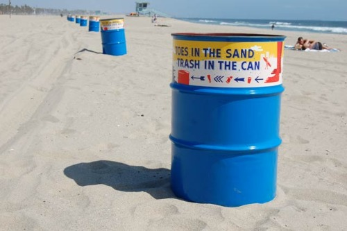 beach trash cans1